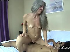 Milf Seduces a Dork