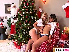 Sneaky santa fucks mom Alexis Fawx and stepdaughter