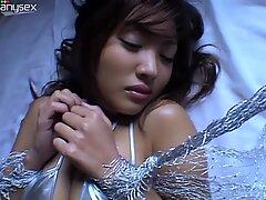 Mesmerizing beauty Kana Tsugihara poses on cam showing off her super seductive body