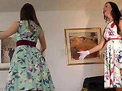 Classy sappho mature pussyrubbing with babe